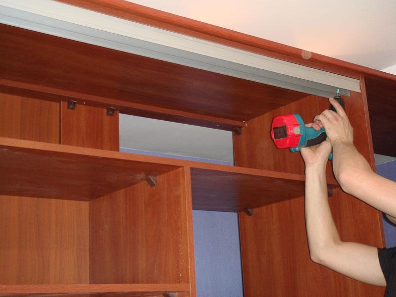 Сделать дверь своими руками для шкафа на балконе.